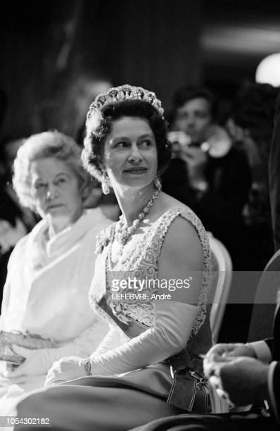 Bonn Allemagne 18 mai 1965 Visite officielle de onze jours de la reine ELIZABETH II d'Angleterre en Allemagne Fédérale Bonn les 18 et 19 mai 1965...