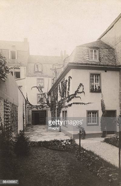 Bonn Ludwig van Beethovens birth house Rear building with birth room Bonn Photography About 1895 [Bonn Ludwig van Beethovens Geburtshaus Hinterhaus...
