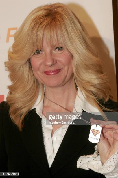 Bonnie Hunt during Christopher Reeve Foundation Fundraiser Beverly Hills September 27 2006 at Beverly Hilton Hotel in Beverly Hills CA United States