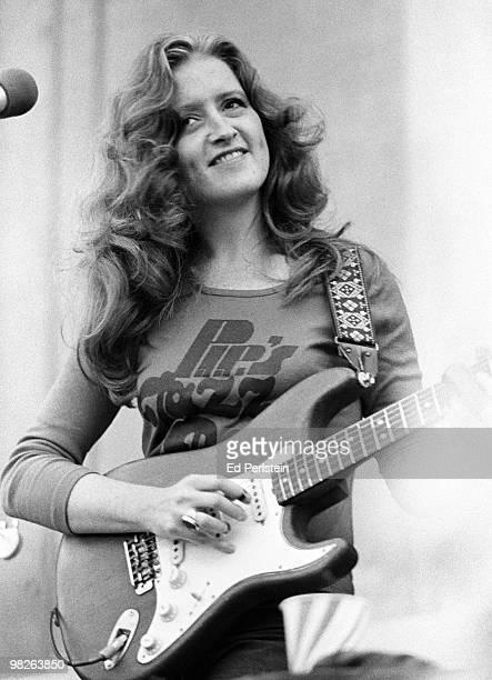 Bonnie Raitt performs at the Greek Theatre in September 1977 in Berkeley California