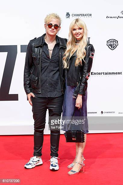 Bonnie Strange and her boyfriend Markus Brueckner aka PsaikoDino attend the 'Unsere Zeit ist jetzt' World Premiere at CineStar on September 27 2016...