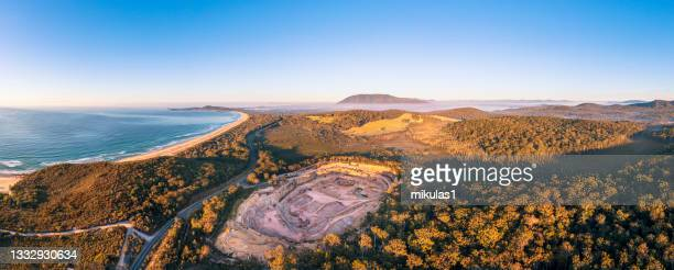 bonny hills quary - port macquarie stock pictures, royalty-free photos & images