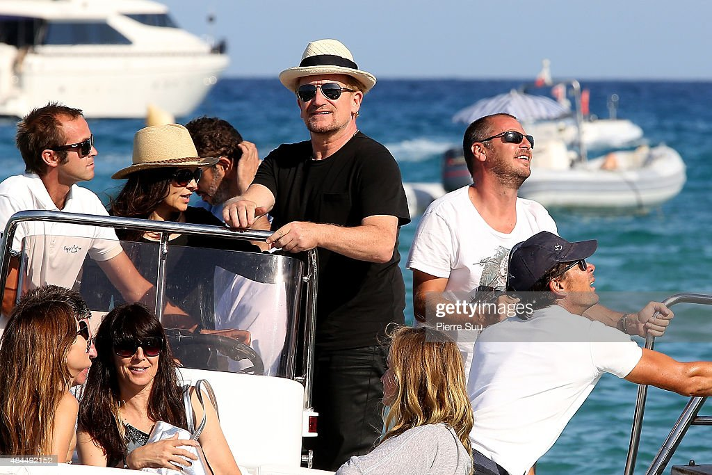 Bono leaves the 'Cub 55' on August 19, 2015 in Saint-Tropez, France.