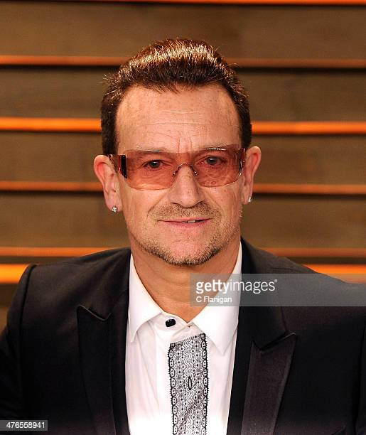 Bono of U2 arrives at the 2014 Vanity Fair Oscar Party Hosted By Graydon Carter on March 2 2014 in West Hollywood California