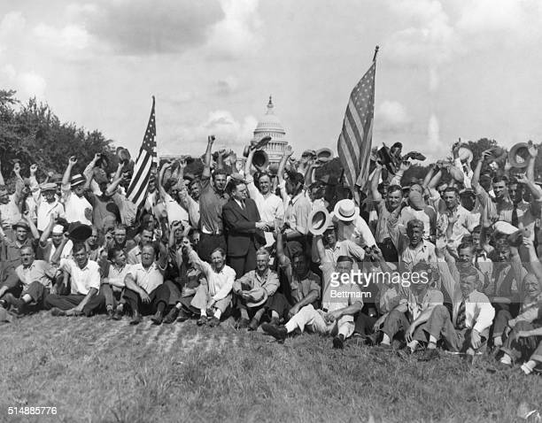 Bonus March on Washington July 1932 Veterans cheer Rep Fish who was in Favor of bill to pay soldier's bonus after they were ordered off capital steps