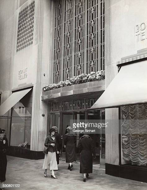 Defunct Department Stores: Bonwit Teller Stock Photos And Pictures