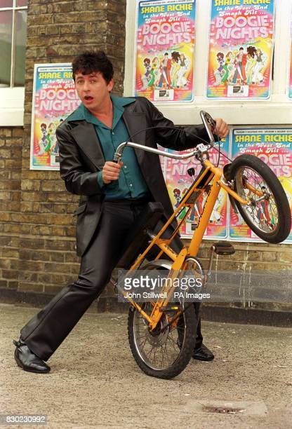 Boogie Nights-The Musical star Shane Richie poses with a Raleigh