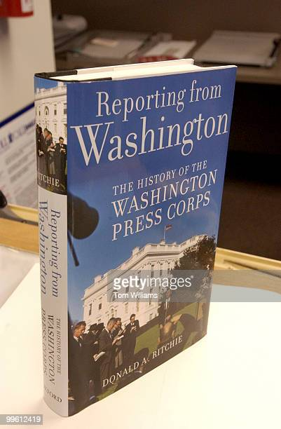 Book cover Reporting from Washington