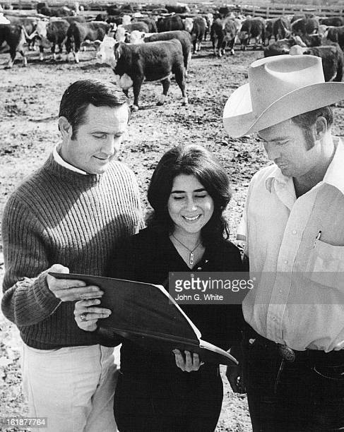 1972 OCT 15 1972 Book Tells Story Beef Donations Drug Rehabilitation Centers Don Thornton and Stacie Cooper both of Synanon show book to Jim McKay...