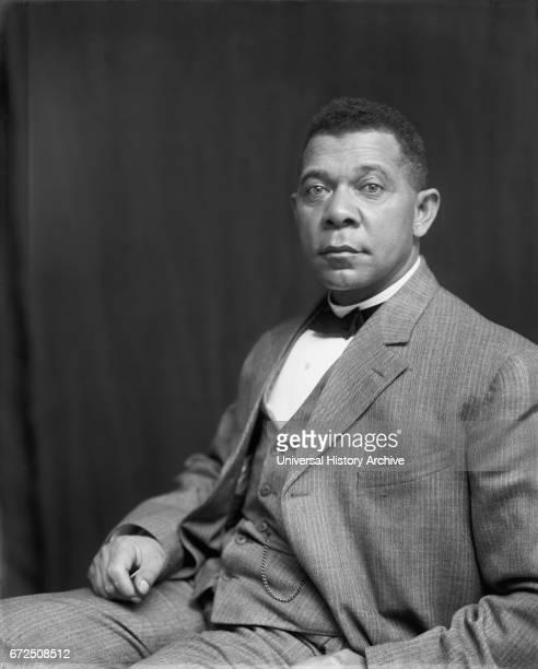 Booker T Washington Seated Portrait by Frances Benjamin Johnson 1895
