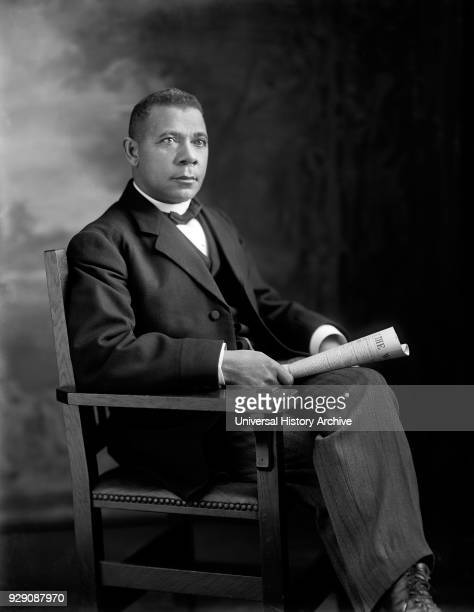 Booker T Washington Seated Portrait Washington DC USA Harris Ewing January 1909