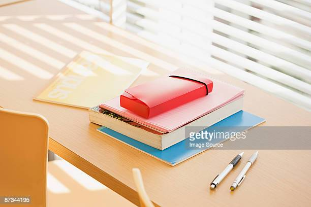 books and pens on desk - pencil case stock pictures, royalty-free photos & images