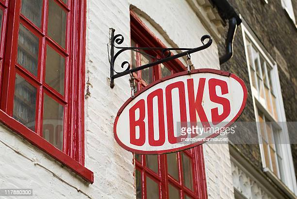 books: bookstore sign - english language - marcoventuriniautieri stock pictures, royalty-free photos & images