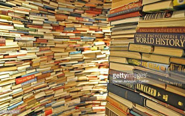 books in library - book store stock photos and pictures
