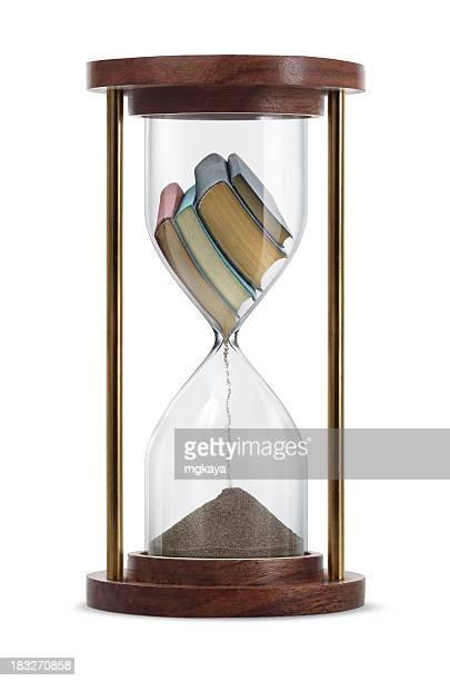 Libros transformar en reloj de arena