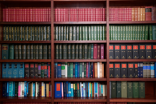 Bookshelf of Irish Legal Books 1097811822