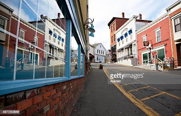 ブースベイハーバー、歴史豊かなダウンタウン、メイン州 - ブースベイハーバー ストックフォトと画像