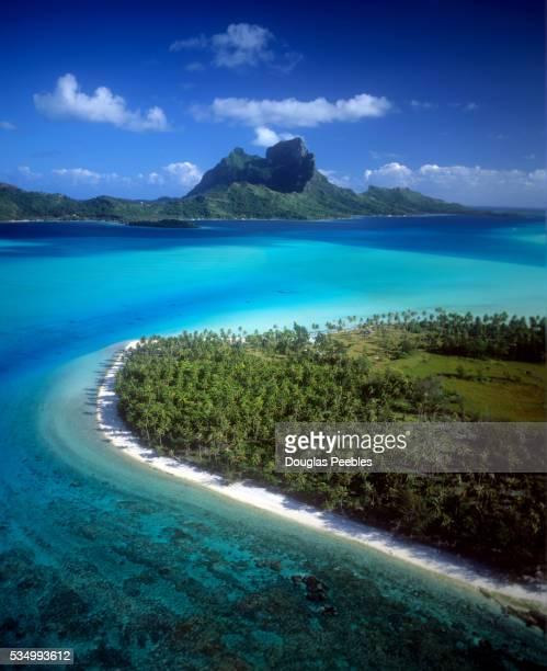 bora bora, french polynesia - ボラボラ島 ストックフォトと画像