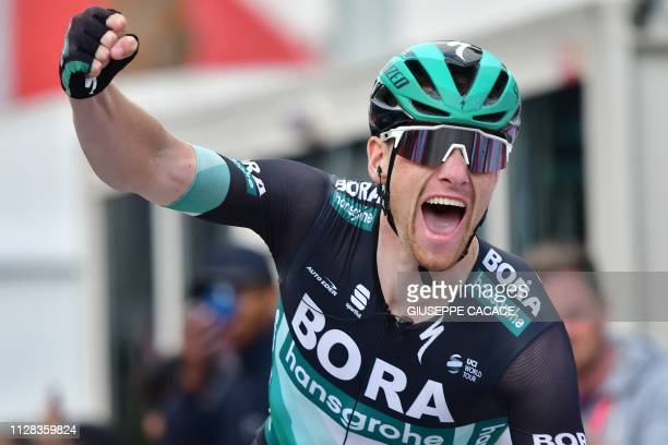 Bora-Hansgrohe's Irish rider Sam Bennett reacts while crossing the finish line during the seventh stage of the UAE tour in Dubai on March 2, 2019.
