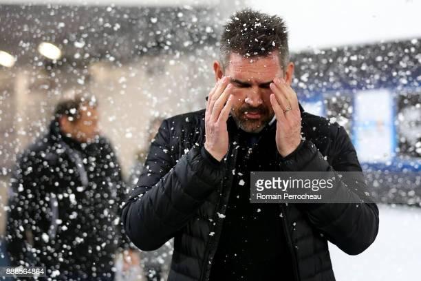 Bordeaux' head coach Jocelyn Gourvennec gestures before the Ligue 1 match between FC Girondins de Bordeaux and Strasbourg at Stade Matmut Atlantique...