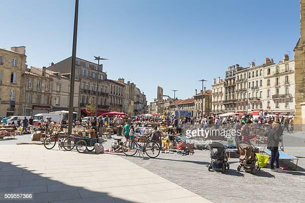 Bordeaux-Kleiner Markt für gebrauchte Dinge