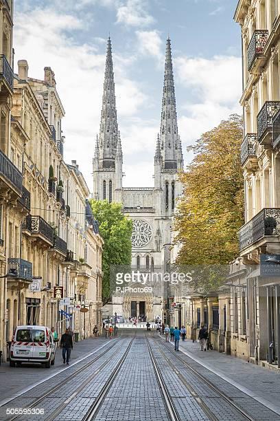 ボルドー rue 重要なカルレス - ボルドー ストックフォトと画像