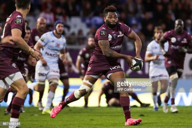 Bordeaux-Begles' Fijian wing Metuisela Talebula passes the ball during the French Top 14 rugby union match between Racing Metro 92 and Union...
