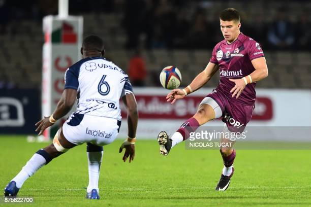 BordeauxBegles' French flyhalf Matthieu Jalibert kicks the ball during the French Top 14 rugby union match between BordeauxBegles and Agen on...