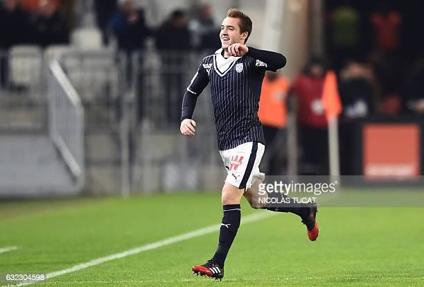 CORRECTION Bordeaux's Argentinian midfielder Valentin Vada celebrates after scoring a goal during the French L1 football match between Bordeaux and...