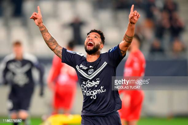 Bordeaux's Brazilian midfielder Otavio celebrates after scoring a goal during the French L1 football match between FC Girondins de Bordeaux and Nimes...