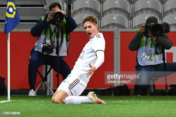 Bordeaux's Croatian midfielder Toma Basic celebrates after scoring during the French L1 football match between Lille LOSC and FC Girondins de...
