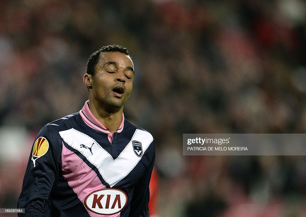 Bordeaux's forward David Bellion reacts during the UEFA Europa League round of 16 first leg football match SL Benfica vs FC Girondins de Bordeaux at the Luz stadium in Lisbon on March 7, 2013. Benfica won 1-0.