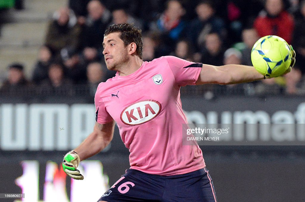 Bordeaux's French goalkeeper Cedric Carrasso throws the ball during the French L1 football match between Rennes and Bordeaux on January 12, 2013, at the Route de Lorient stadium in Rennes, western France.