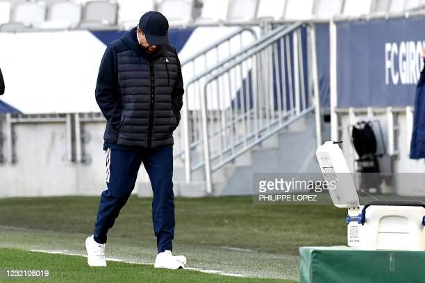 Bordeauxs French head coach Jean-Louis Gasset reacts after the French L1 football match between Girondins de Bordeaux and Strasbourg at the...