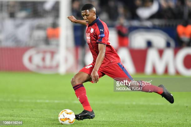 Bordeaux's French midfielder Zaydou Youssouf kicks the ball during the Europa league football match of Group C between Bordeaux and Slavia Prague on...