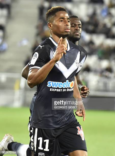 Bordeaux's Guinean forward Francois Kamano celebrates after scoring during the French L1 football match between FC Girondins de Bordeaux and Dijon...