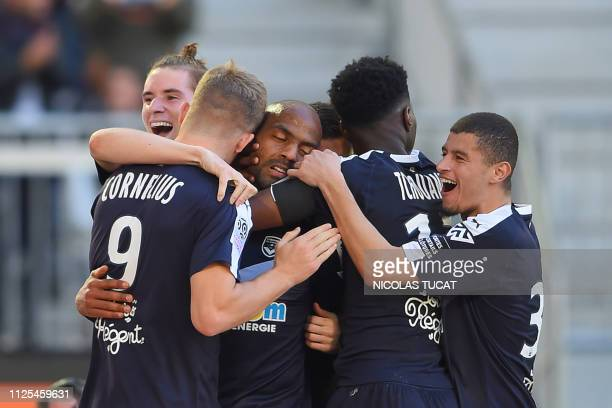 Bordeaux's players celebrate a goal during the French L1 football match between Bordeaux and Toulouse at the Matmut Atlantique stadium in Bordeaux...