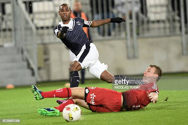 Bordeaux's Uruguyan forward Diego Rolan scores a goal during the French L1 football match between Bordeaux and Dijon at the Matmut Atlantique stadium...