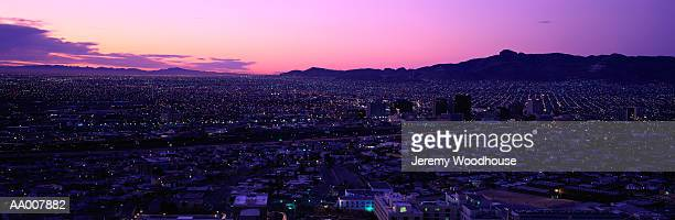 border between el paso and juarez - シウダッドフアレス ストックフォトと画像