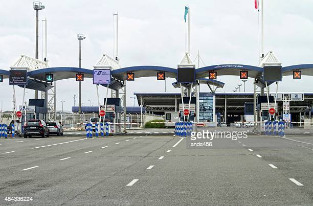 border control at port of calais , france - geographical border stock pictures, royalty-free photos & images