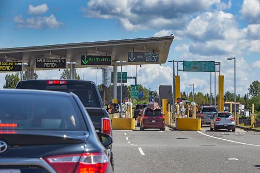 Border crossing 1140867744
