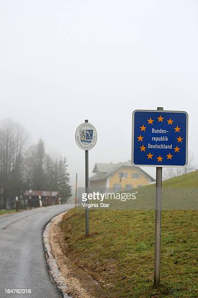 border of germany deutschland & austria - berchtesgaden stock pictures, royalty-free photos & images