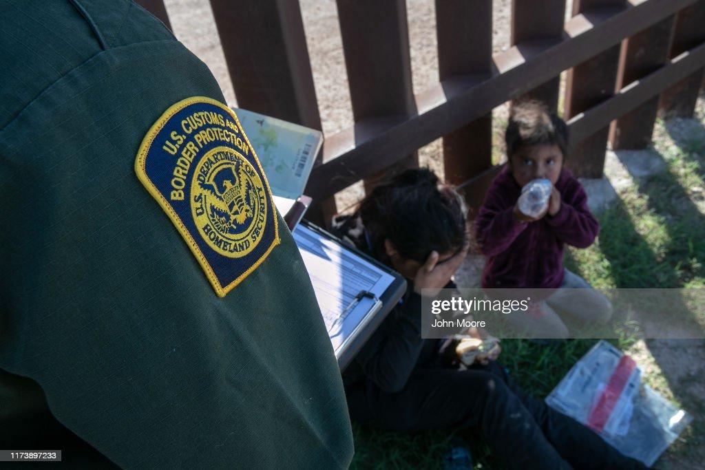 U.S. Border Agents Patrol The Rio Grande Valley In Texas : News Photo