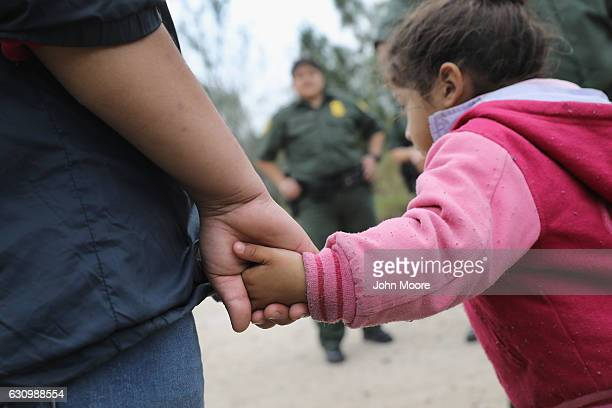 S Border Patrol agents take Central American immigrants into custody on January 4 2017 near McAllen Texas Thousands of families and unaccompanied...
