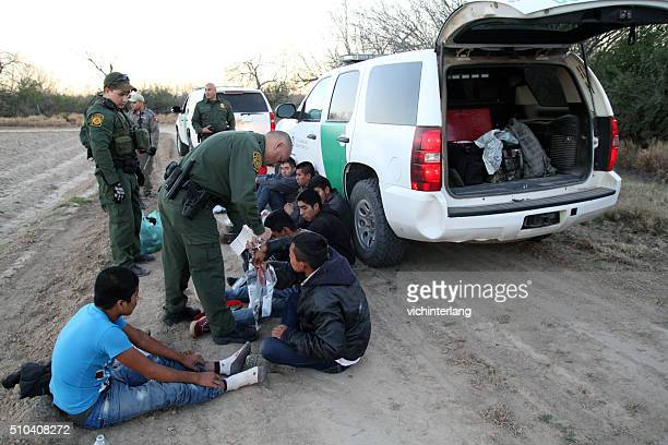 border patrol, rio grande valley, texas, feb. 9, 2016 - illegal immigrant stock pictures, royalty-free photos & images