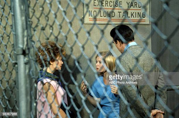 DEFENSE Borderline Girl 1/10/69 Geraldine Brooks Brooke Bundy Carl Betz