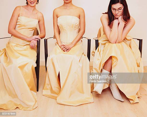bored bridesmaid - bridesmaid stock pictures, royalty-free photos & images