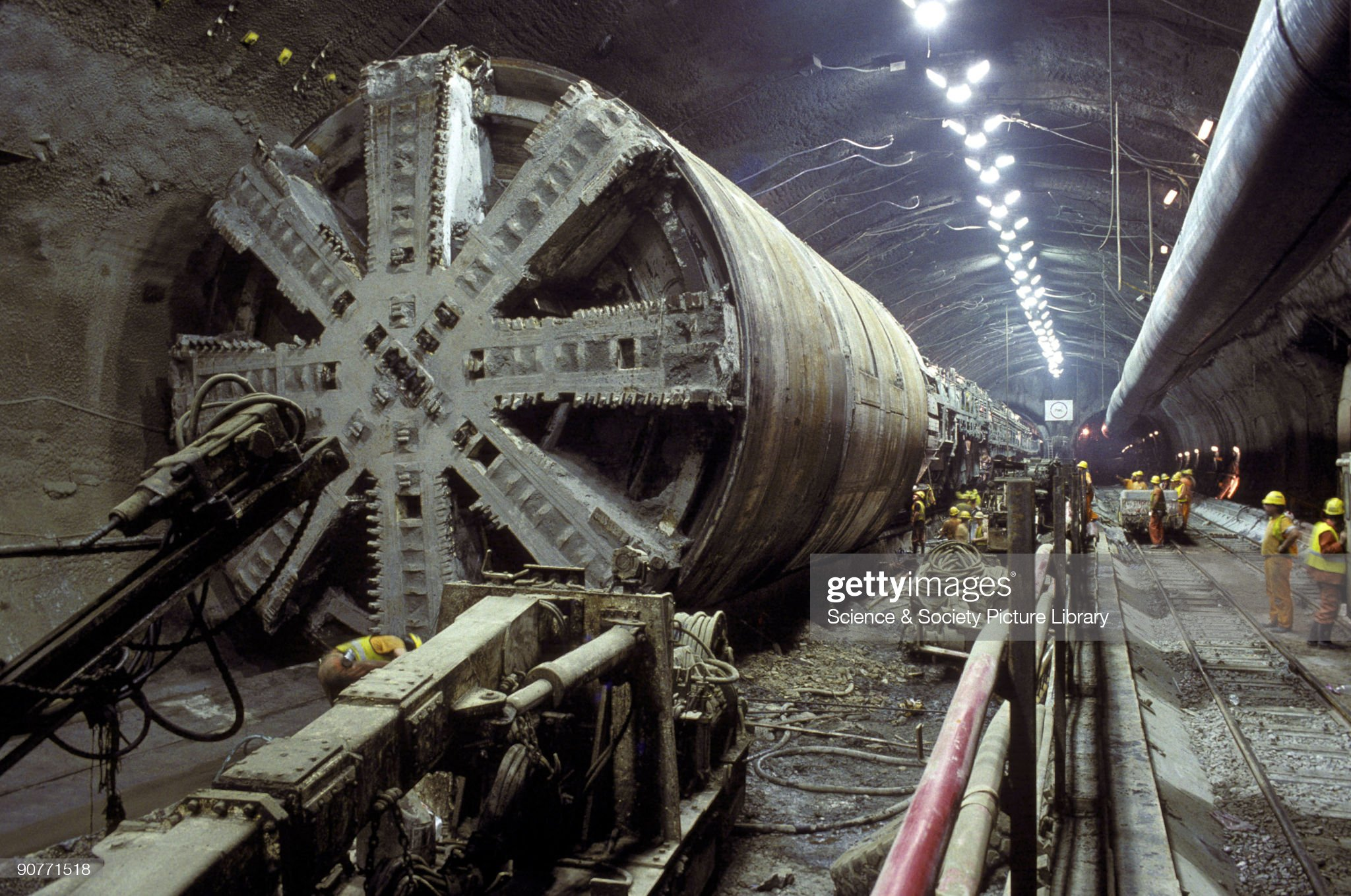 Boring machine in the Channel Tunnel, 1993. : Photo d'actualité