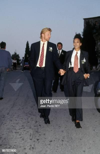 Boris Becker et sa compagne Barbara Feltus au mariage du champion de tennis Michael Stich et de l'actrice allemande Jessica Stockmann a l'eglise...