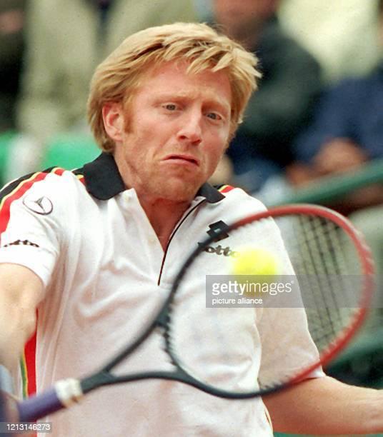 Boris Becker ist am 16.5.1999 mit gewohntem Einsatz beim entscheidenden Doppel zwischen Deutschland und Großbritannien beim World Team Cup in...